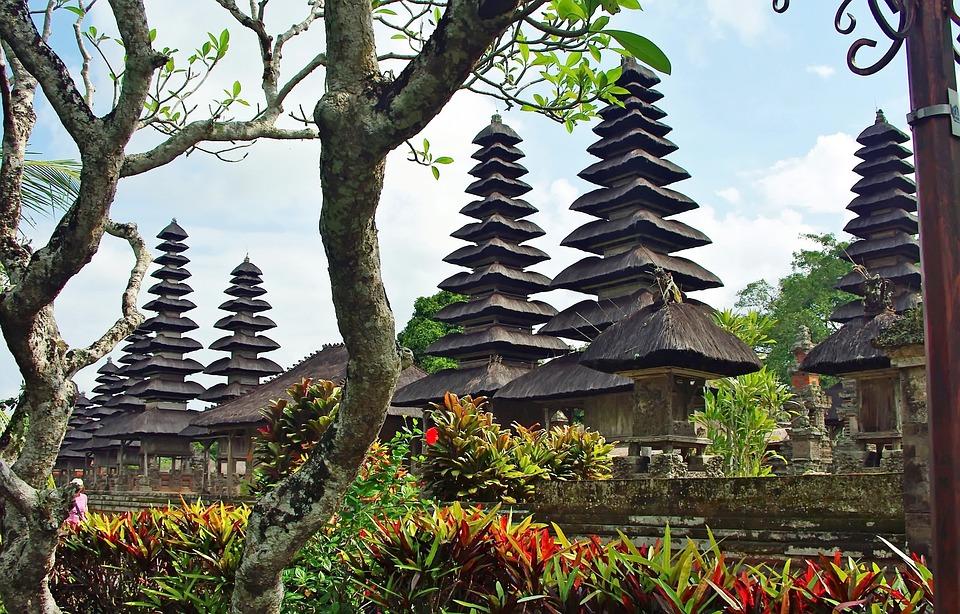 Mademoiselle Voyage-Indonésie