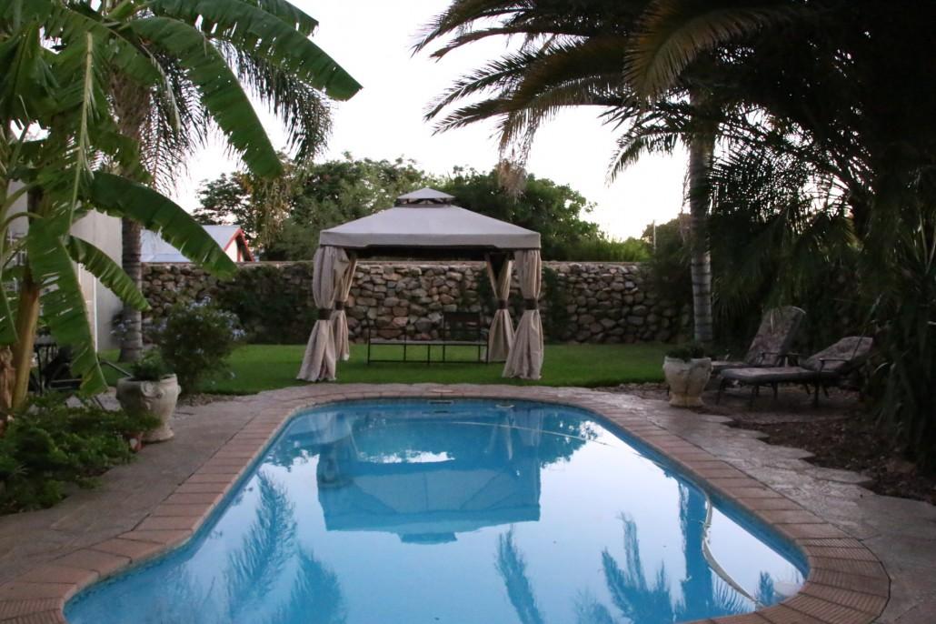 Namibie-Bush pillow guest house-piscine