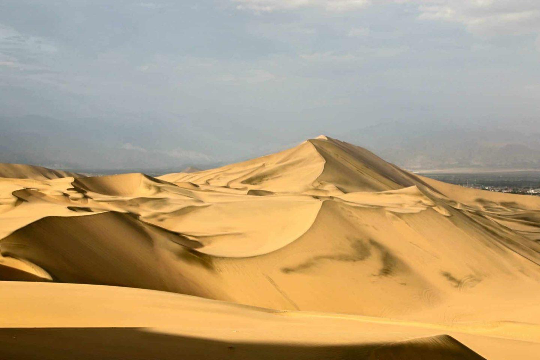 Ica, partez en buggy à l'assaut des dunes de sable