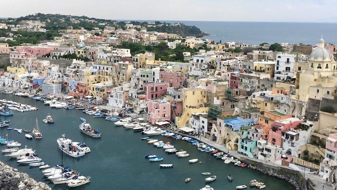 italie-procida-naples-mademoiselle-voyage-5